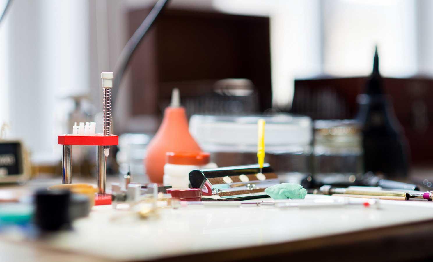 Montagetisch vom Uhrmachermeister Daniel Malchert